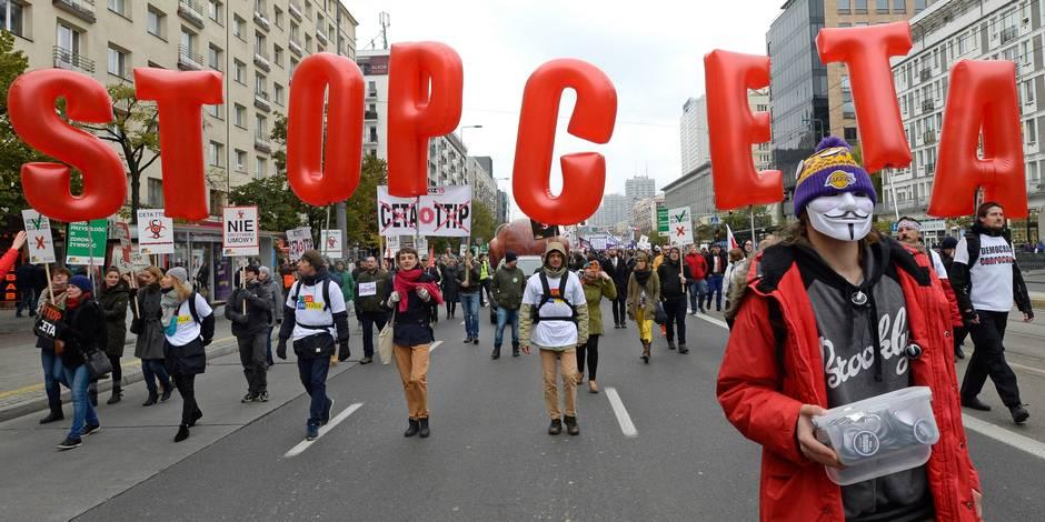 """Vu du Canada: """"L'objectif du CETA est de protéger les intérêts des multinationales"""""""