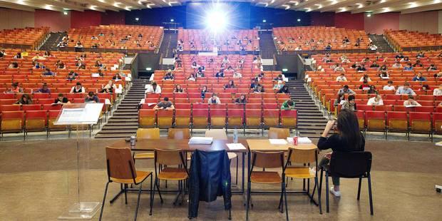 Dans les hautes écoles, les étudiants pourront à nouveu être diplômés au mois de janvier - La Libre
