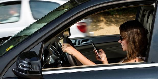 L'utilisation du téléphone au volant est mal sanctionnée - La Libre
