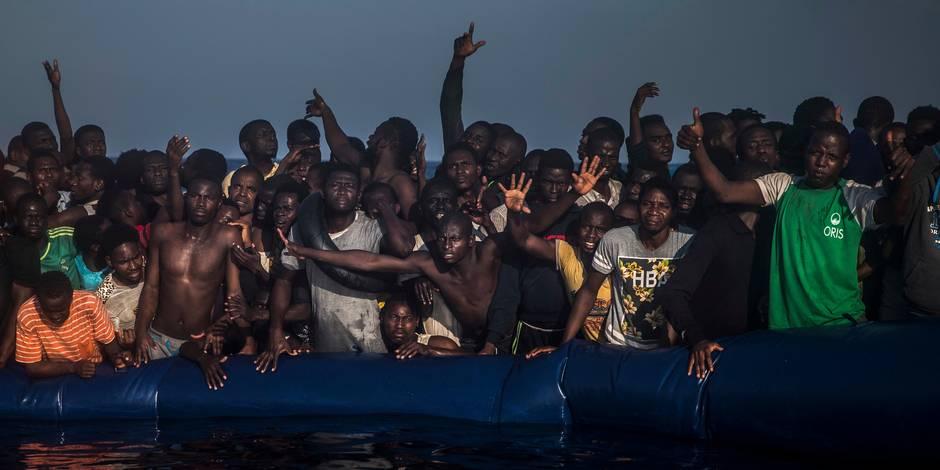 2.200 migrants secourus lundi au large de la Libye, 16 retrouvés morts