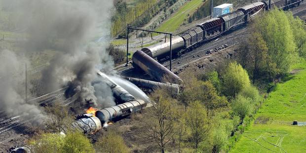 Accident de train à Schellebelle: le conducteur responsable, selon le parquet - La Libre