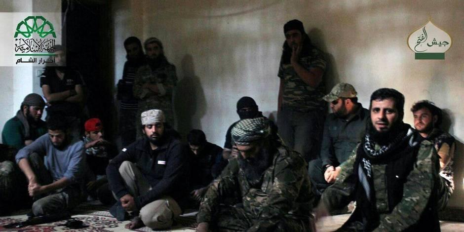 """Al-Qaida diffuse une vidéo sur l'exécution de deux Maliens accusés de """"collaboration"""""""