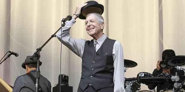 Leonard Cohen sur scène, l'humilité lumineuse - La Libre