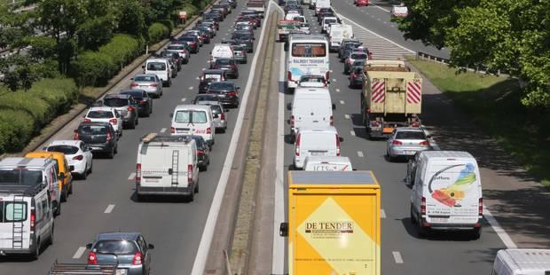 Accident sur le Ring de Bruxelles: des files à prévoir ce mercredi soir - La Libre