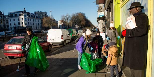 Plus de 700 kilos de déchets ont été ramassés à Bruxelles dimanche par les citoyens - La Libre