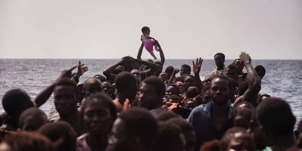 Migrants: 6 morts et 1.164 personnes secourues dimanche en Méditerranée - La Libre