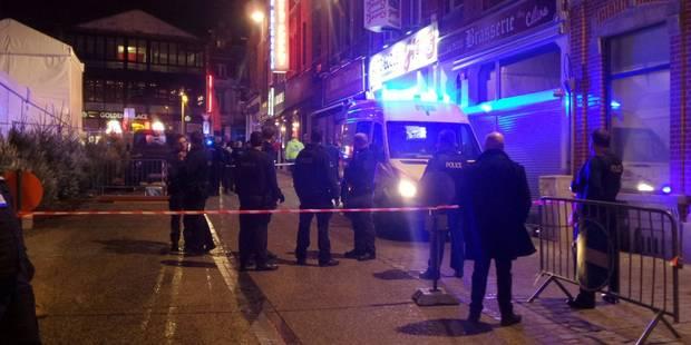 Charleroi: un commerçant du marché de Noël blessé par balle - La Libre