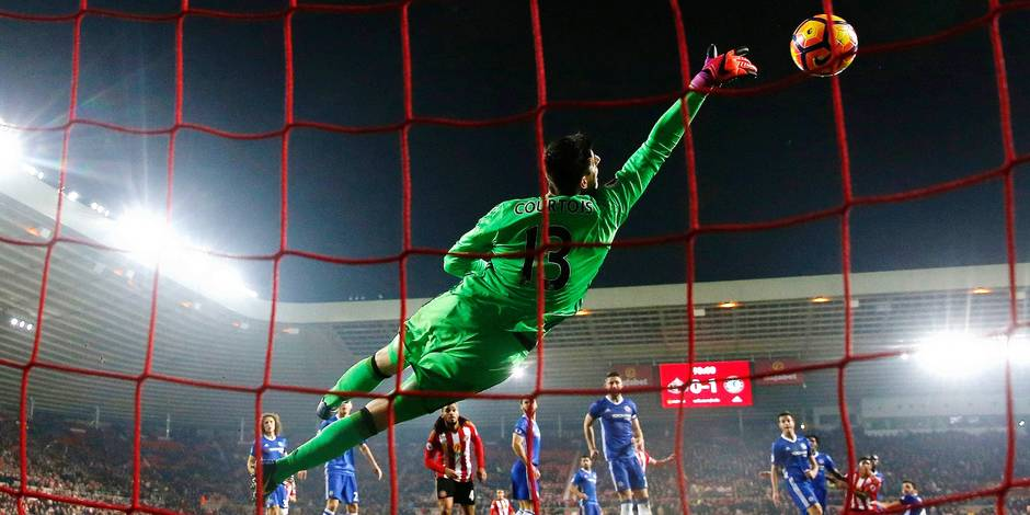 Chelsea's Thibaut Courtois makes a save
