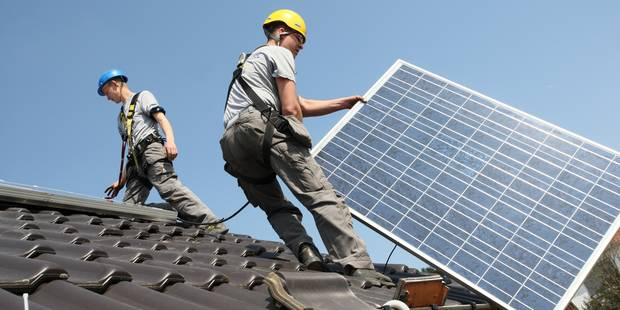Les entreprises wallonnes vont payer la facture du photovoltaïque - La Libre