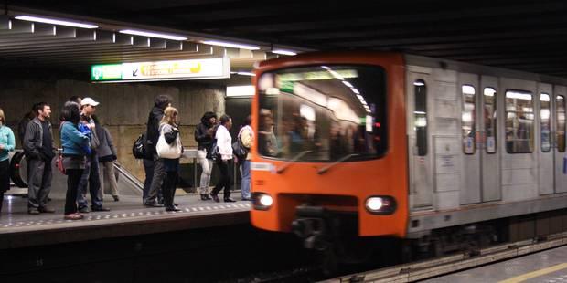 STIB: 110.000 voyageurs la nuit du réveillon à Bruxelles, un incident à déplorer - La Libre