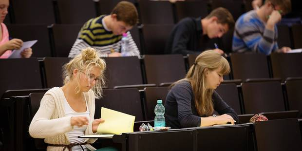Les étudiants pourront-ils garder une copie de leurs examens ? - La Libre