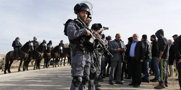 Une opération de démolition tourne mal en Israël: un policier et un villageois tués - La Libre