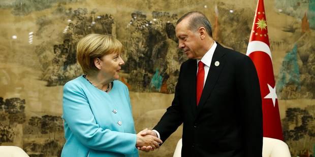 Mission très délicate pour Merkel en Turquie - La Libre