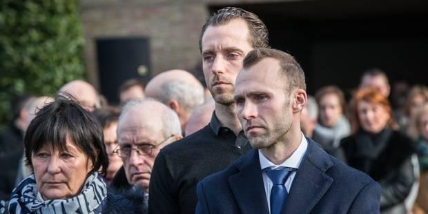 """Thomas Buffel aux funérailles de sa femme: """"Je me souviens de nos premiers regards"""" (PHOTOS) - La Libre"""