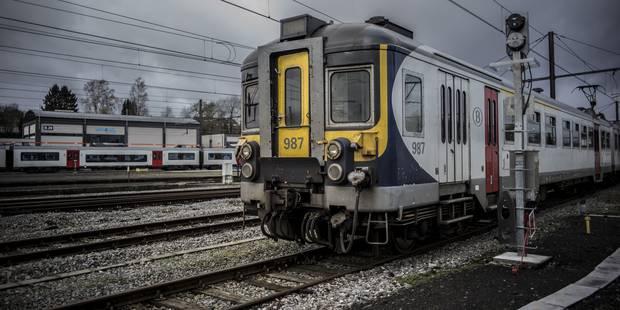 Perturbations sur la ligne Bruxelles-Namur: pas de retour à la normale lundi soir - La Libre