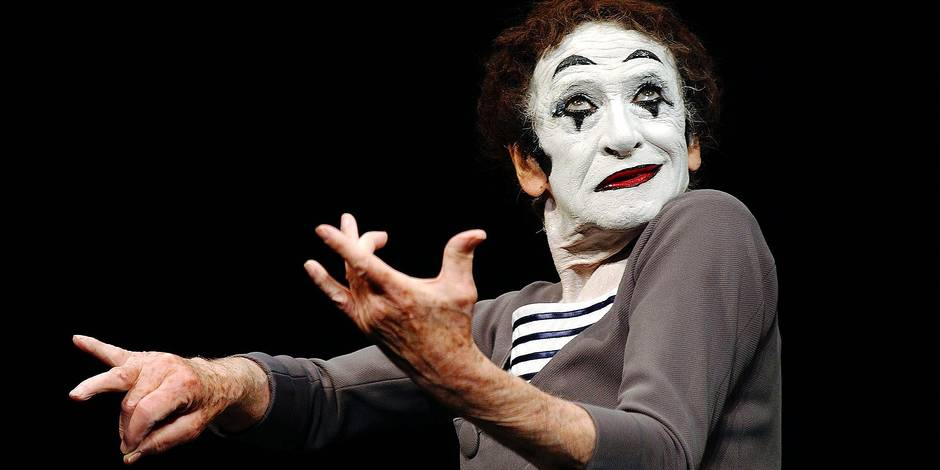 French mime Marcel Marceau dies at 84 © Lionel Hahn/ABACA. 36930-12. Los Angeles-CA-USA. 31/07/2002. Marcel Marceau plays a special engagement of outstanding mime performances at the Geffen Playhouse in Westwood. Ref: 36930 REPORTERS / abaca