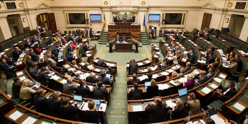 En Belgique, les députés ont interdiction d'embaucher un proche au premier degré en tant qu'assistant parlementaire