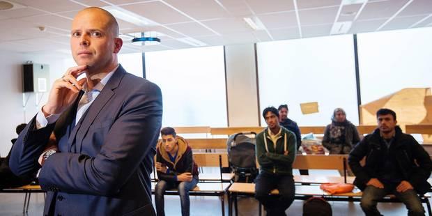 Le plan B de Francken pour empêcher la délivrance de visas - La Libre