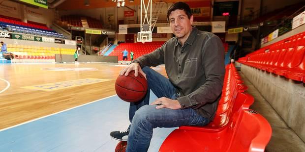 """Blessé dans l'attentat de Zaventem, l'ex-basketteur Sébastien Bellin pousse un coup de gueule: """"J'en ai assez des promes..."""