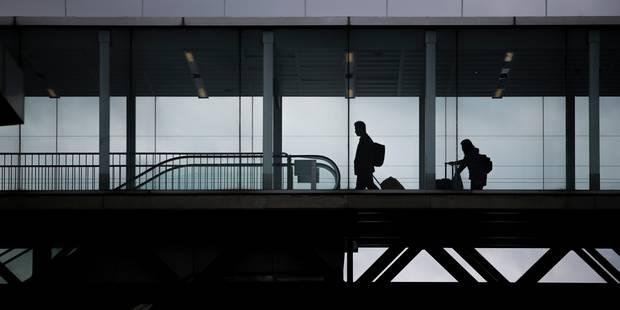 """Attaque à l'aéroport d'Orly: """"Je suis là pour mourir par Allah"""", a déclaré l'auteur - La Libre"""