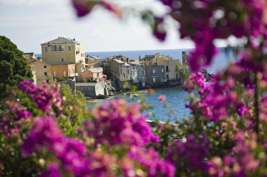 le petit port d'Erbalunga, au nord de la Corse, non loin de Bastia.