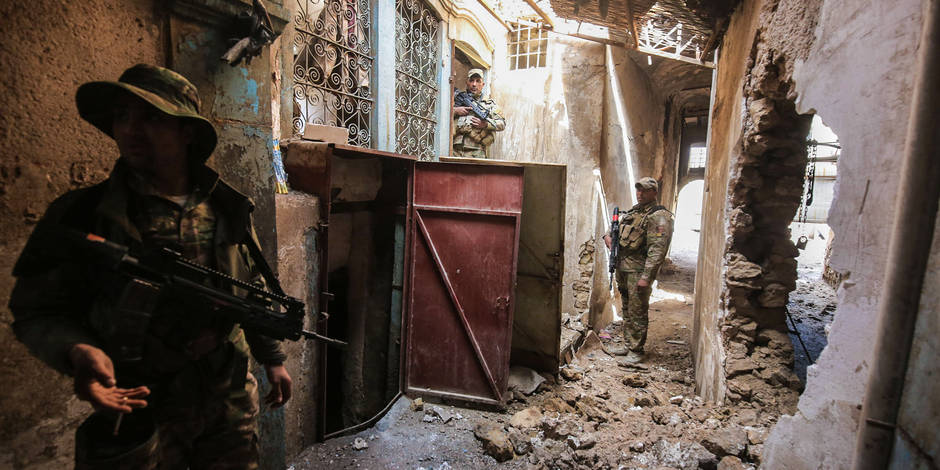 A Mossoul, face à la vieille ville, le concert de la guerre