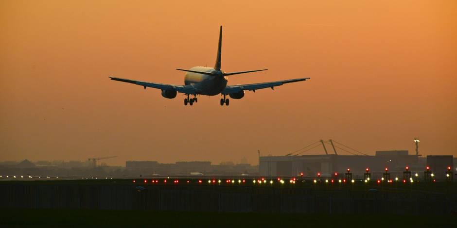 Nuisances des avions: Bourgeois satisfait de la décision du gouvernement Vervoort