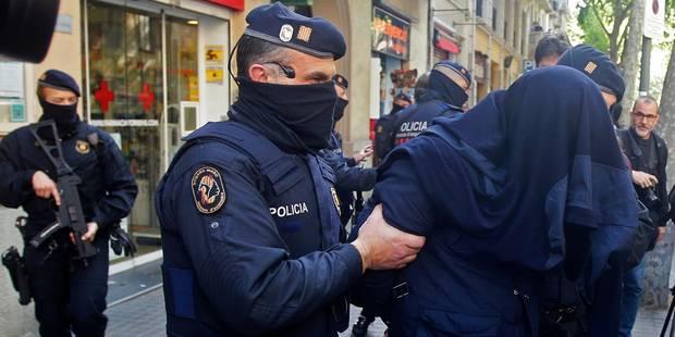 Deux jihadistes présumés arrêtés en Espagne étaient à Bruxelles lors des attentats - La Libre