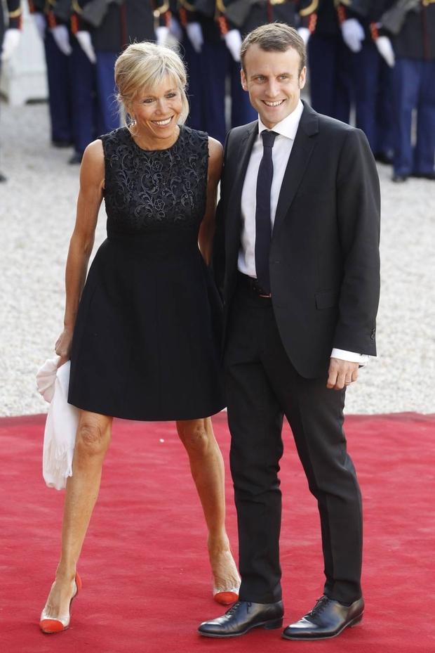 905eb3375ddd Brigitte Macron   un style qui va secouer la fonction de Première ...