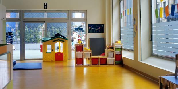 """""""Deux bébés sur trois n'arrivent pas à trouver une place en crèche à Bruxelles"""" : Où est le problème et comment le solut..."""