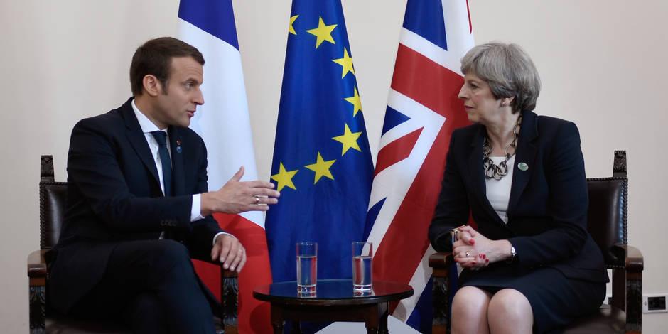 Emmanuel Macron ne cède rien à Theresa May sur le Brexit