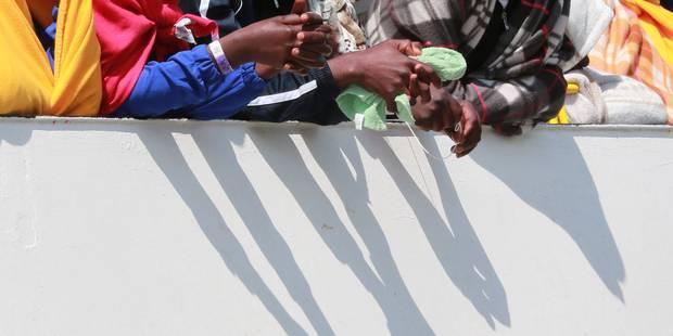 Plus de 900 personnes secourues en 48 heures en Méditerranée - La Libre