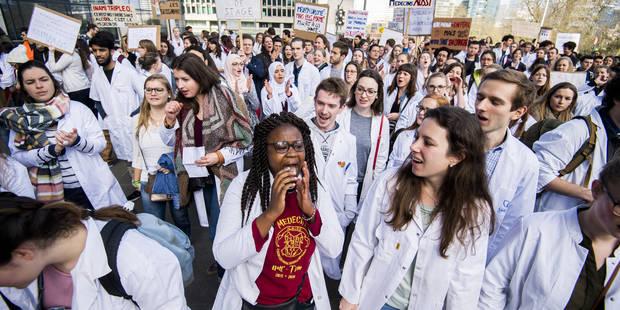 Etudes en médecine: Les étudiants contestent toujours la validité des quotas fédéraux - La Libre