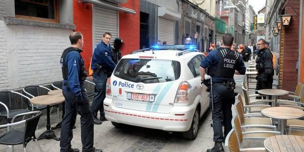 Bagarre et mouvement de foule dans le Carré à Liège - La Libre