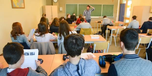 """Décret inscription: 770 élèves """"sans école"""" en ce début de vacances - La Libre"""