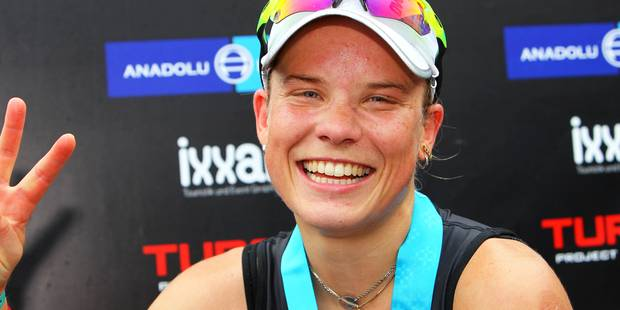 La triathlète belge Alexandra Tondeur sur le podium de l'Euro d'Ironman - La Libre