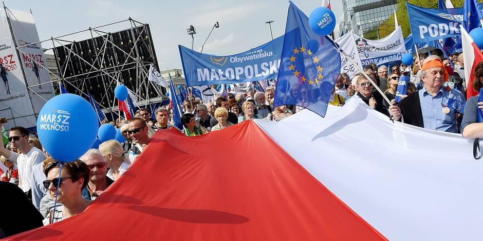 Pologne : le parti PIS poursuit son travail de sape contre l'indépendance de la justice