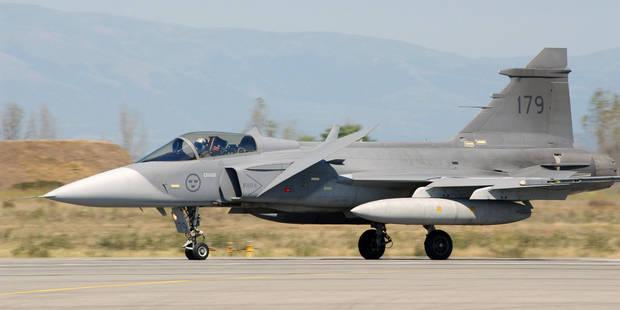 Après Boeing, la Suède renonce à son tour à concourir pour la succession de nos F-16 - La Libre
