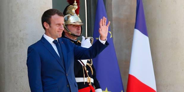 Macron serre les rangs après de premiers remous dans sa majorité - La Libre