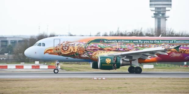 Les festivaliers de Tomorrowland débarquent en Belgique : à bord de l'avion, dj et animations pour s'échauffer - La Libr...