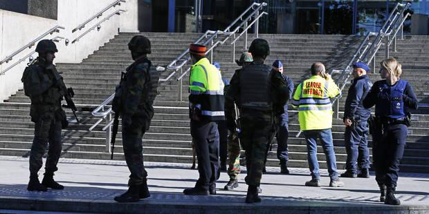 Bruxelles: un migrant meurt écrasé par un bus gare du Nord - La Libre