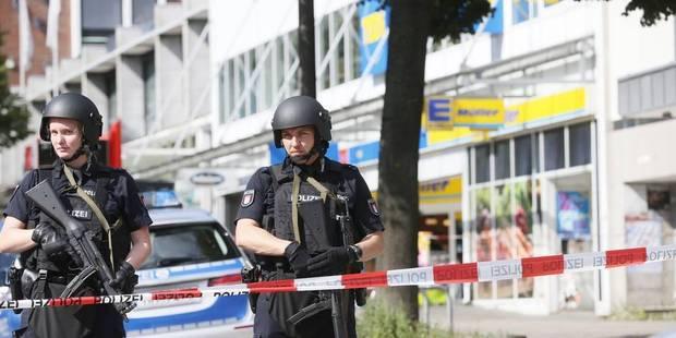 """Hambourg: un """"attentat"""" au couteau fait un mort et six blessés - La Libre"""