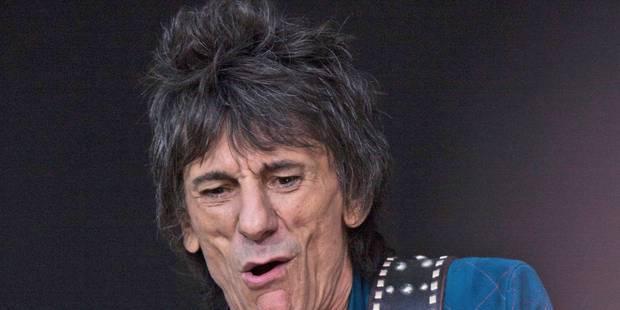 Ronnie Wood, le guitariste des Rolling Stones, s'est fait opérer d'un cancer du poumon - La Libre