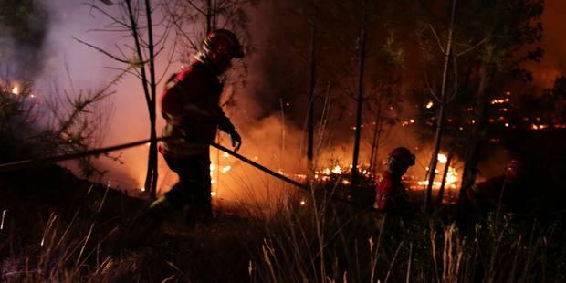 Incendies au Portugal: plus de 2.000 pompiers toujours mobilisés - La Libre