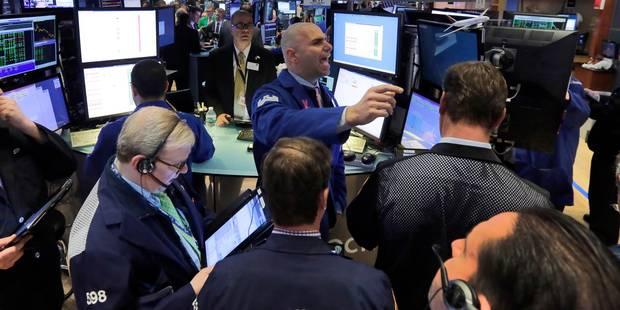 Les Bourses européennes plombées par les attentats en Espagne et la politique de Trump - La Libre