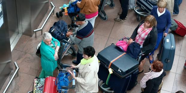 Arrêt de travail des bagagistes de Swissport: Brussels Airlines conseille aux passagers de venir uniquement avec des bag...