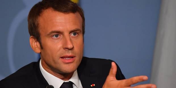 Le code du travail français : le livre rouge que Macron veut revoir - La Libre