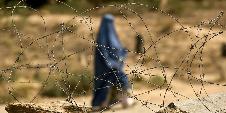 Les talibans pakistanais lancent un magazine féminin - La Libre