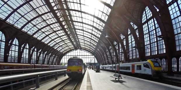 Bientôt un abonnement train-tram-bus dans deux villes Belges - La Libre