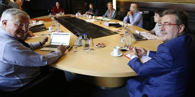 Crise politique francophone: Le gouvernement bruxellois fera une mise au point devant les députés - La Libre
